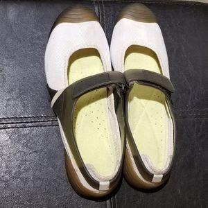 DKNY Womens Mary Jane Slip-on Flats (Size 7.5)